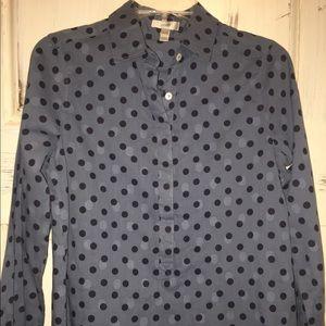 J. Crew Tops - J.Crew button up (half way)shirt size 2